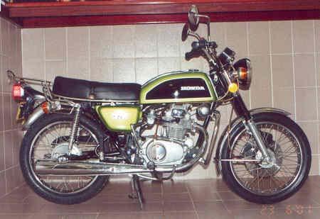 Honda CB 200 keren