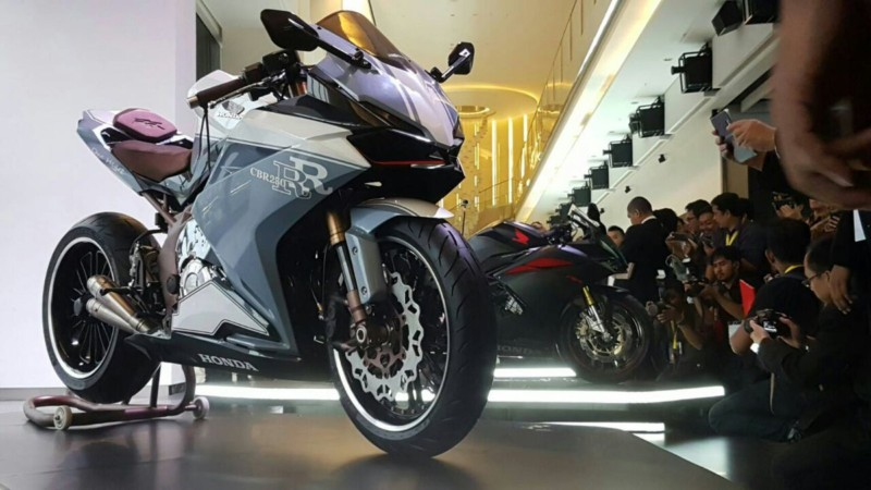 Modifikasi Honda CBR250 RR 2016